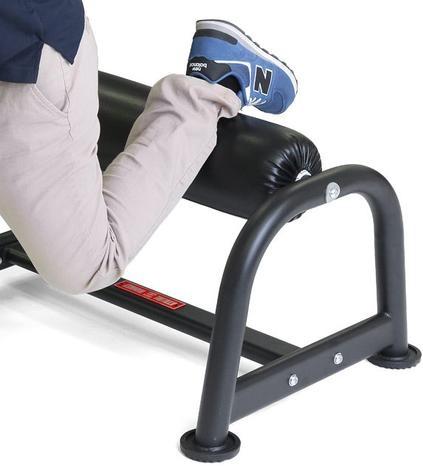 Single leg squat stand