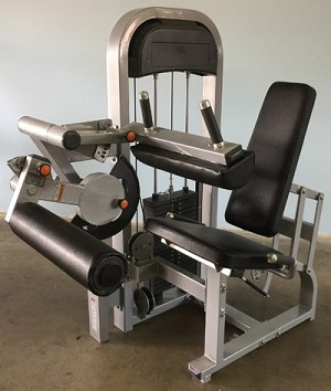 MD CLASSIC SEATED LEG CURL
